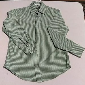 Teen size small Urban Pipeline green button down s
